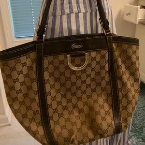 Gucci Handbag 👜 Purse